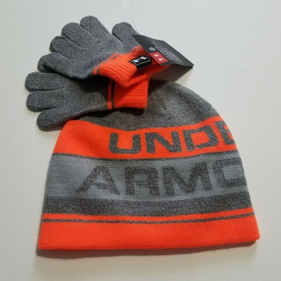 9e6a49e68c2 Under Armour Boys Hat and Gloves Set Size M 4-6